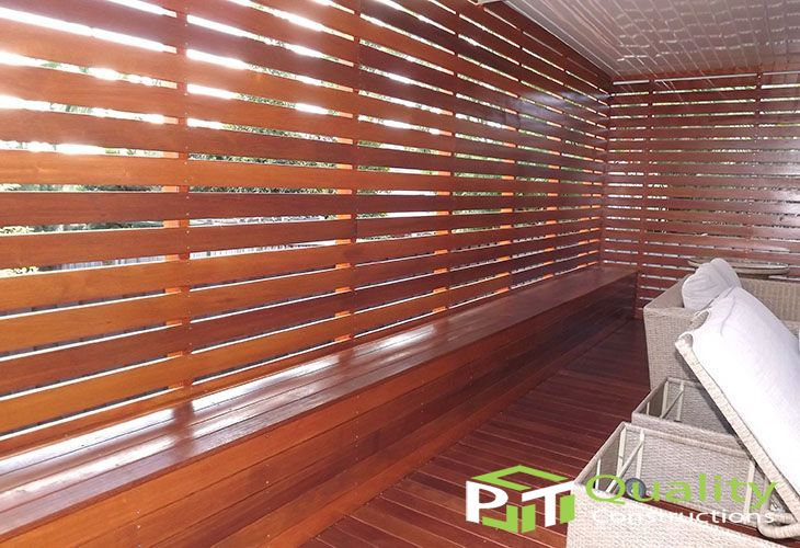 Timber Screen & Bench Seating